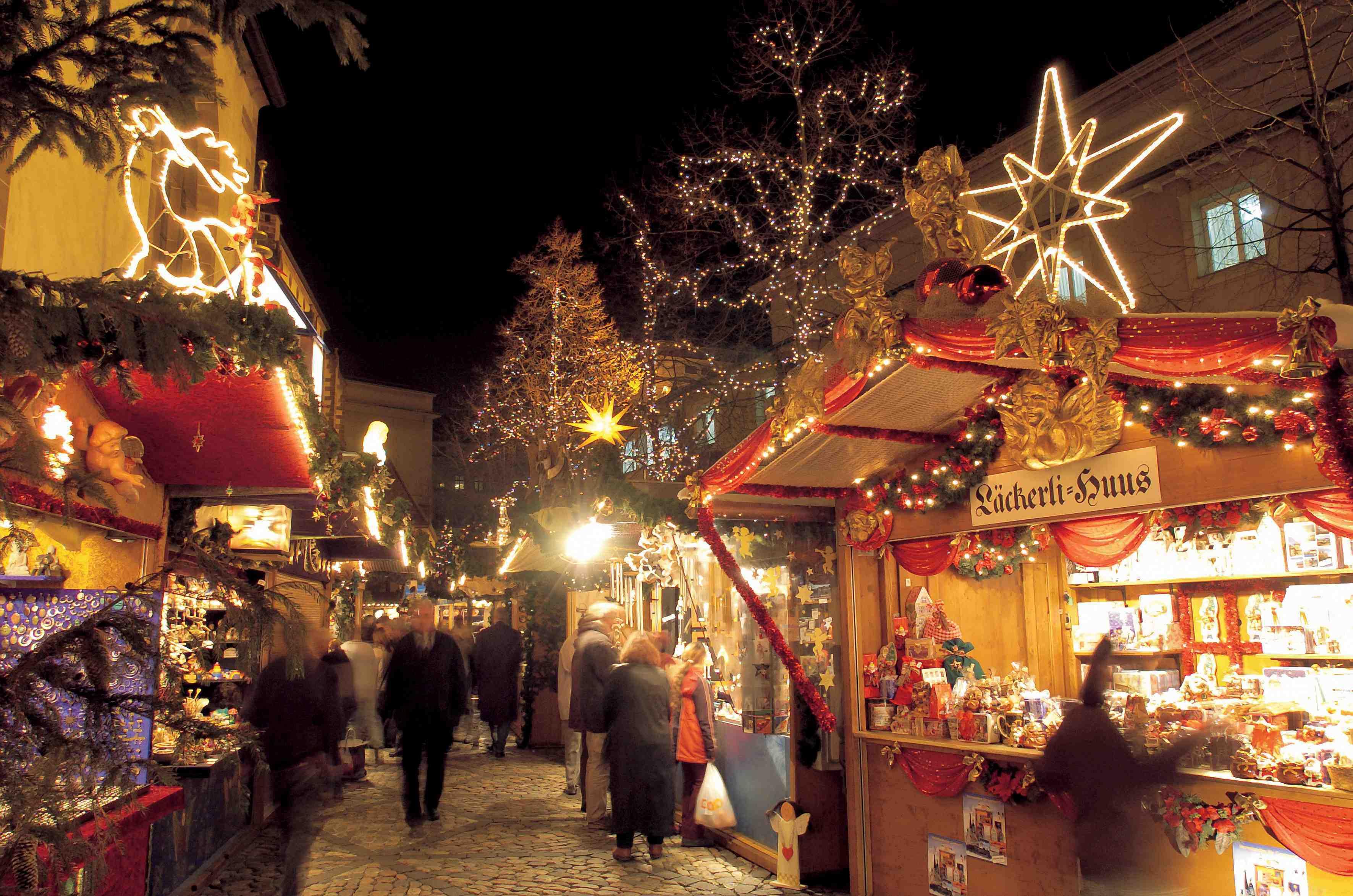 Addobbi Natalizi Zurigo.Natale In Svizzera Guida Ai Mercatini