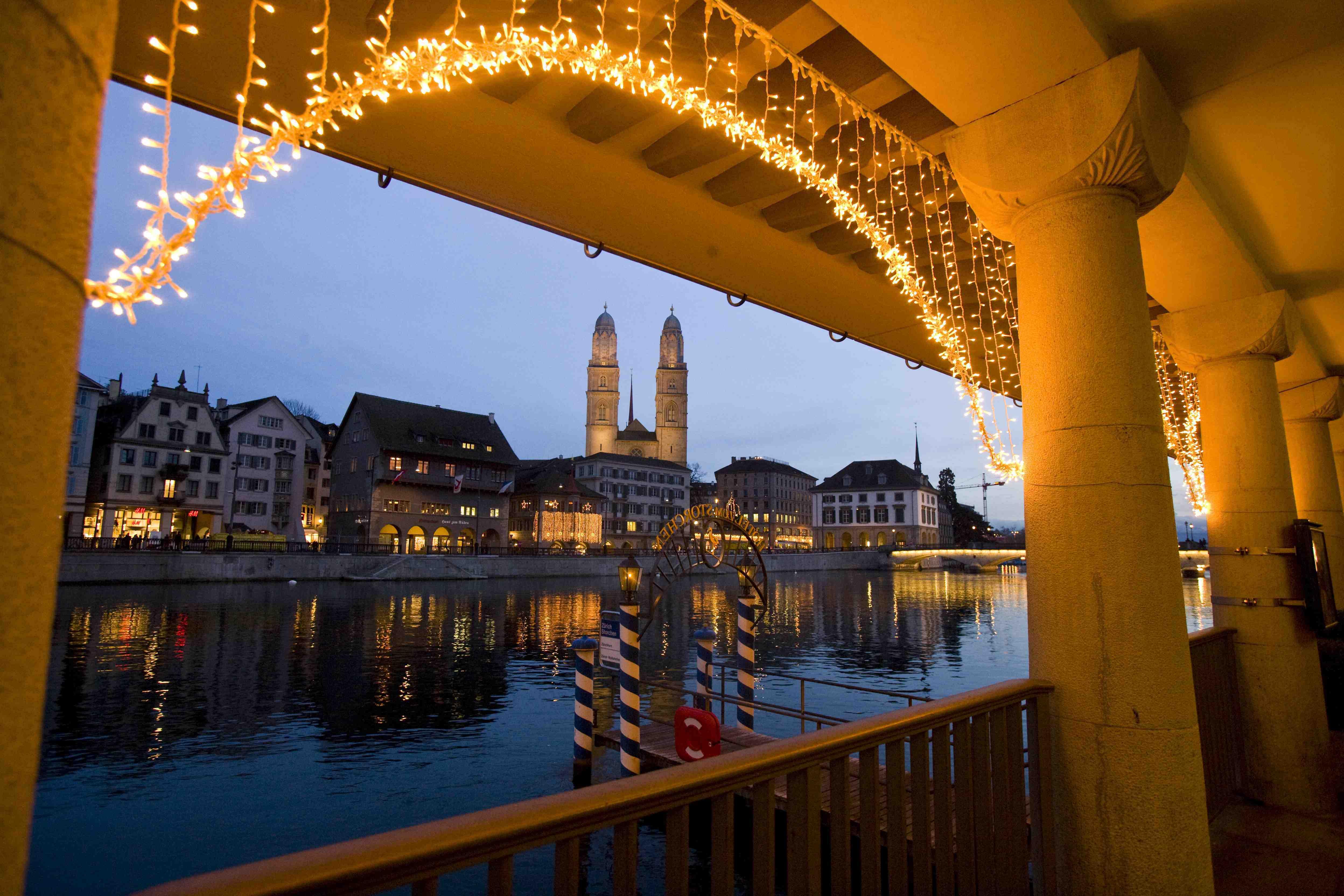 Decorazioni Natalizie Lugano.Natale In Svizzera Guida Ai Mercatini
