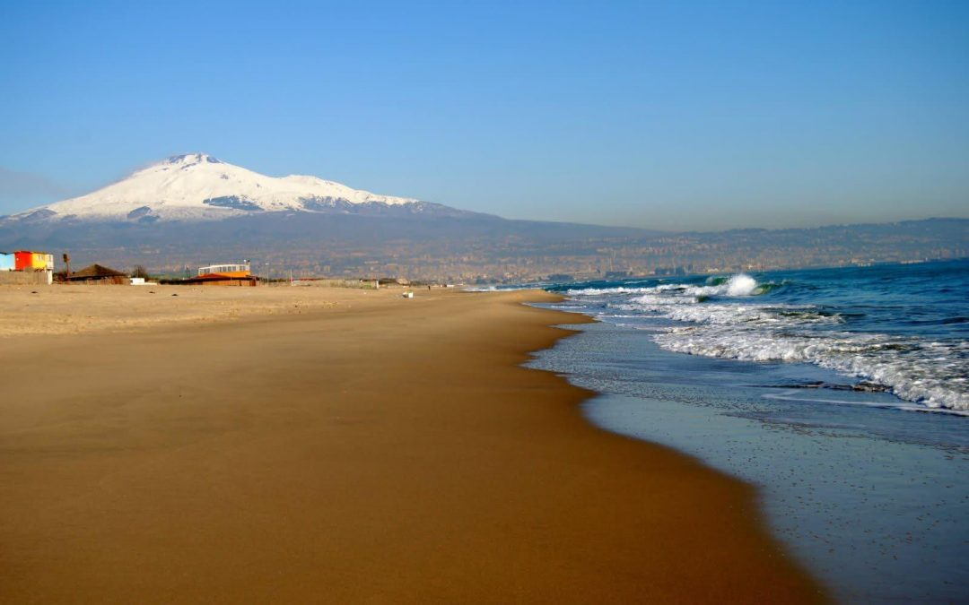 Week end al mare a Catania, le 5 spiagge più belle