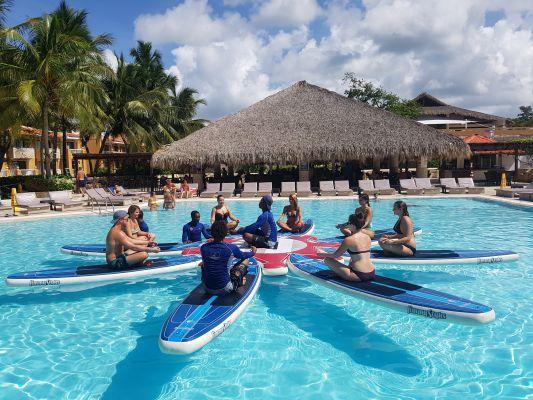 yoga su paddle board