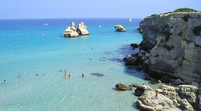 Le 8 spiagge pi belle del salento da vedere nell 39 estate 2018 for Case belle da vedere
