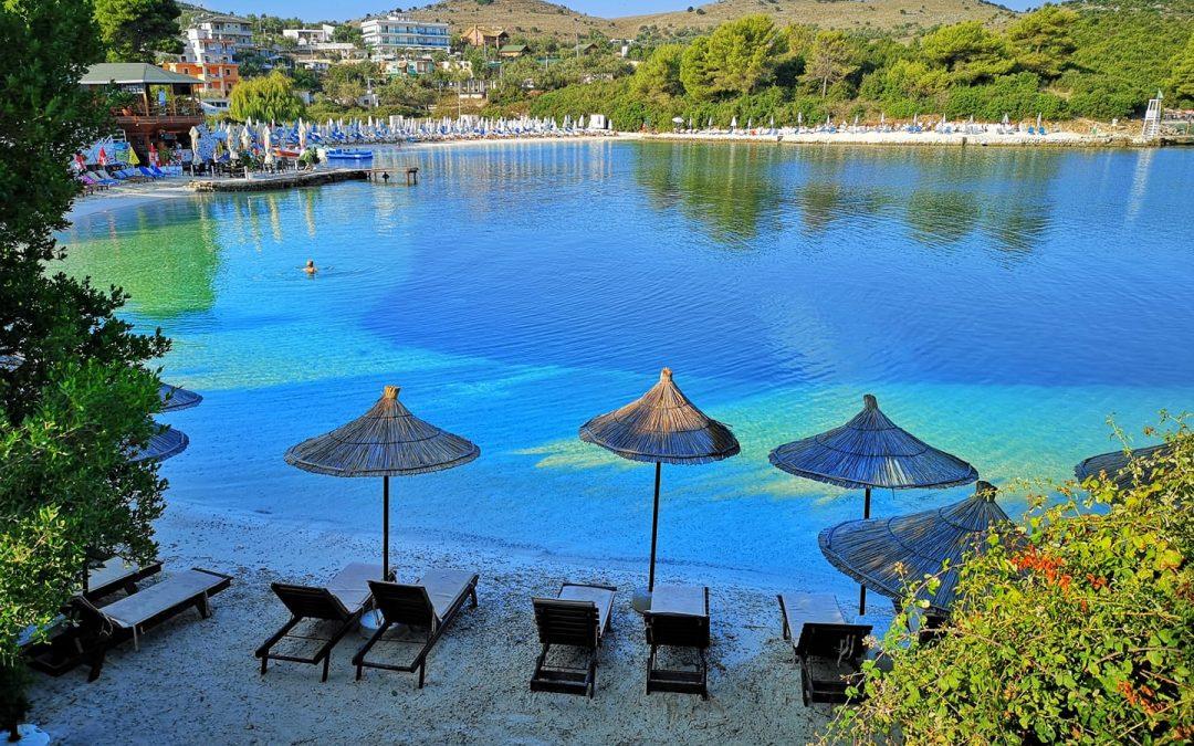La caraibica spiaggia di Ksamil in Albania
