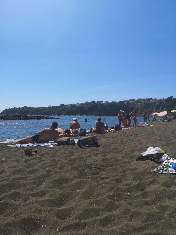 Spiaggia della Chiaia a Procida