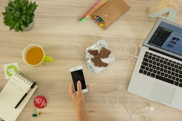 I pro e contro di lavorare da casa online